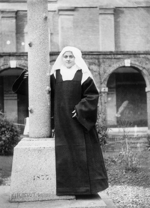 Therese Carmel Jan 1889