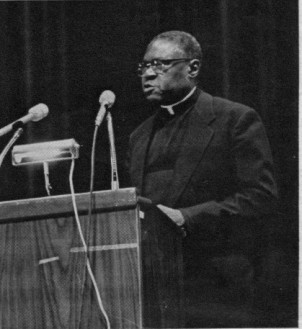 Dr. Joseph H. Jackson, president of the National Baptist Convention, U.S.A., Inc., of which Mahalia was Official Soloist, delivers the eulogy at Chicago funeral.