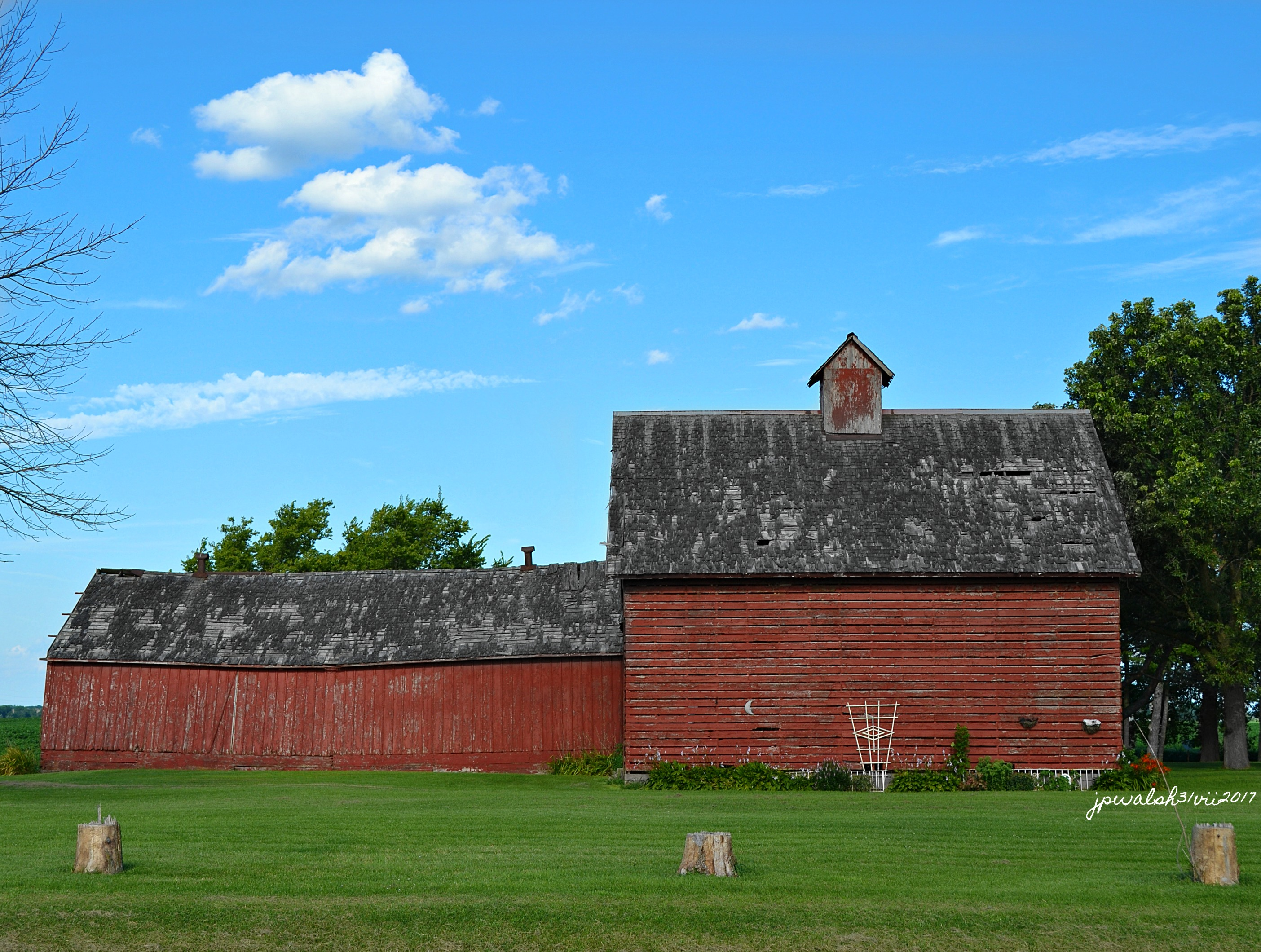 red barns jpwalsh