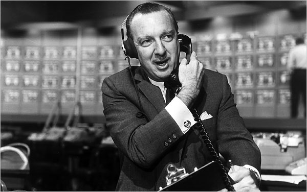 walter-cronkite-in-october-1960