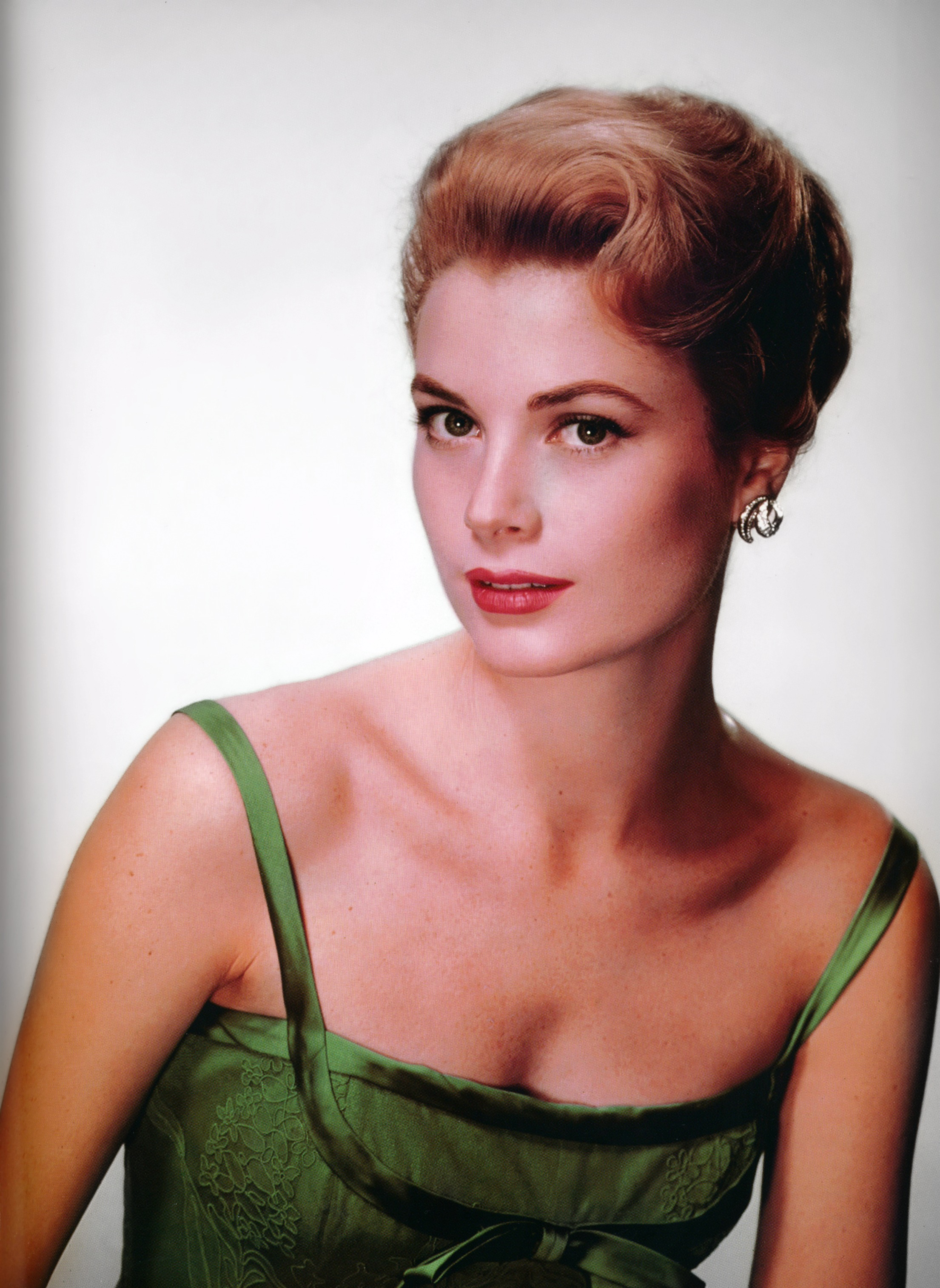 Grace Kelly MGM publicity photograph