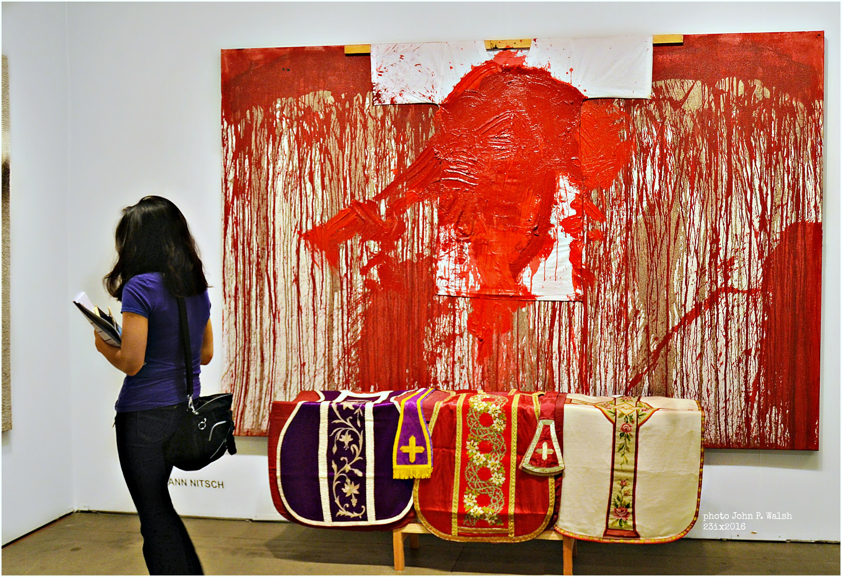 Hermann Nitsch, Schüttbild (Shaped Image), 2013.