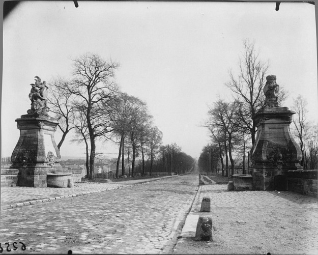 Atget, Fountains at Juvisy, 1902.