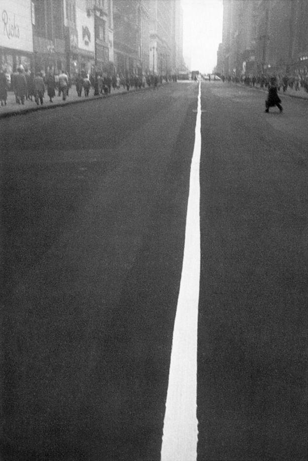Street Line, New York, 1951