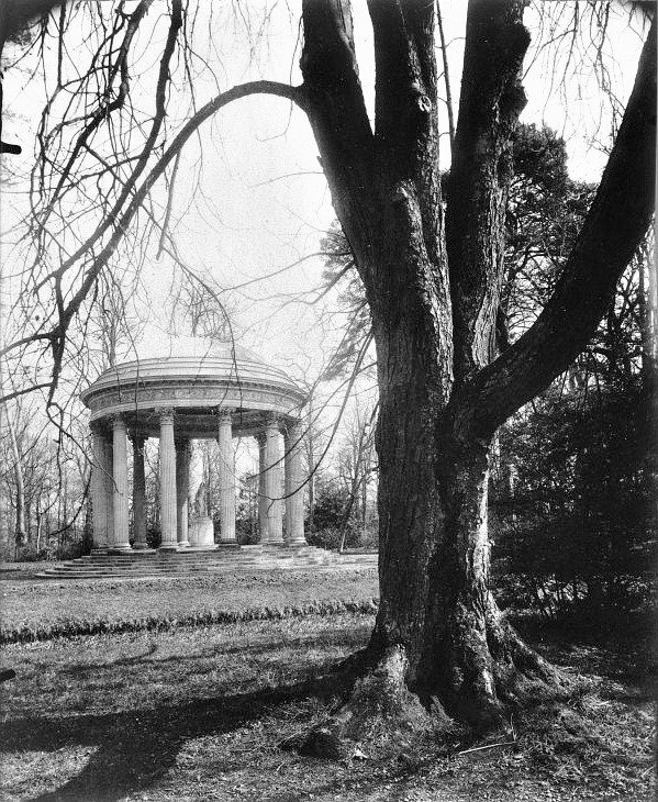 Atget, Temple of Love, the Petit Trianon, 1902.