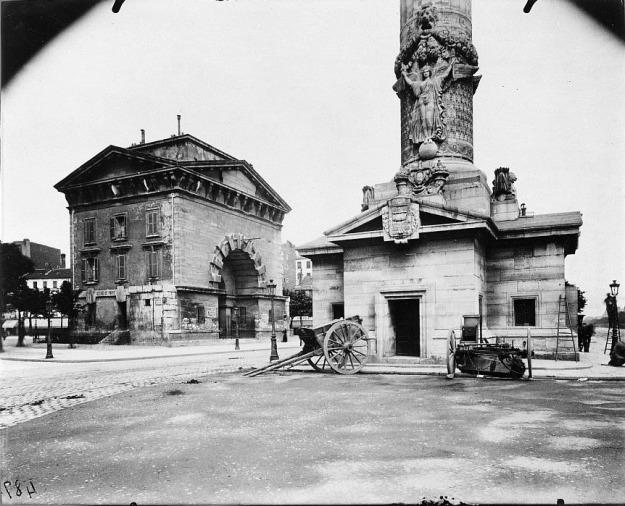Atget, Ancienne Barrière du Trône, Paris, 1903-04.