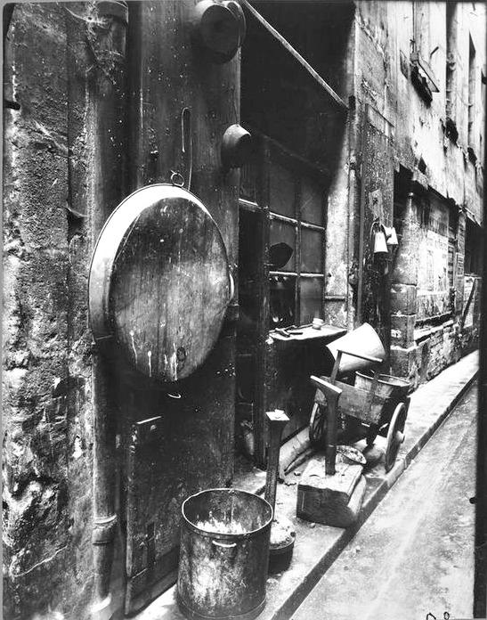 Atget, Tinsmith's Shop, rue de la Reynie, 1912