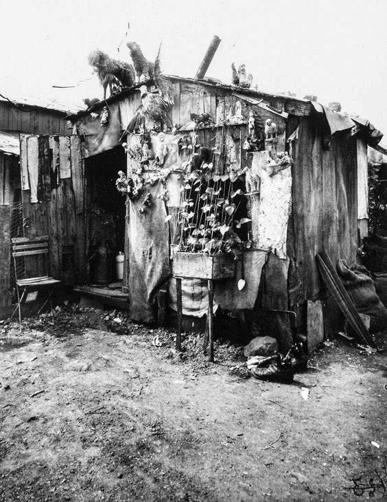 Atget, Ragpicker's Hut, 1912.