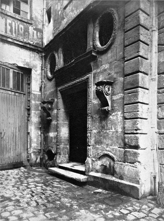 Atget, Ancienne maison de la maitrise 1902