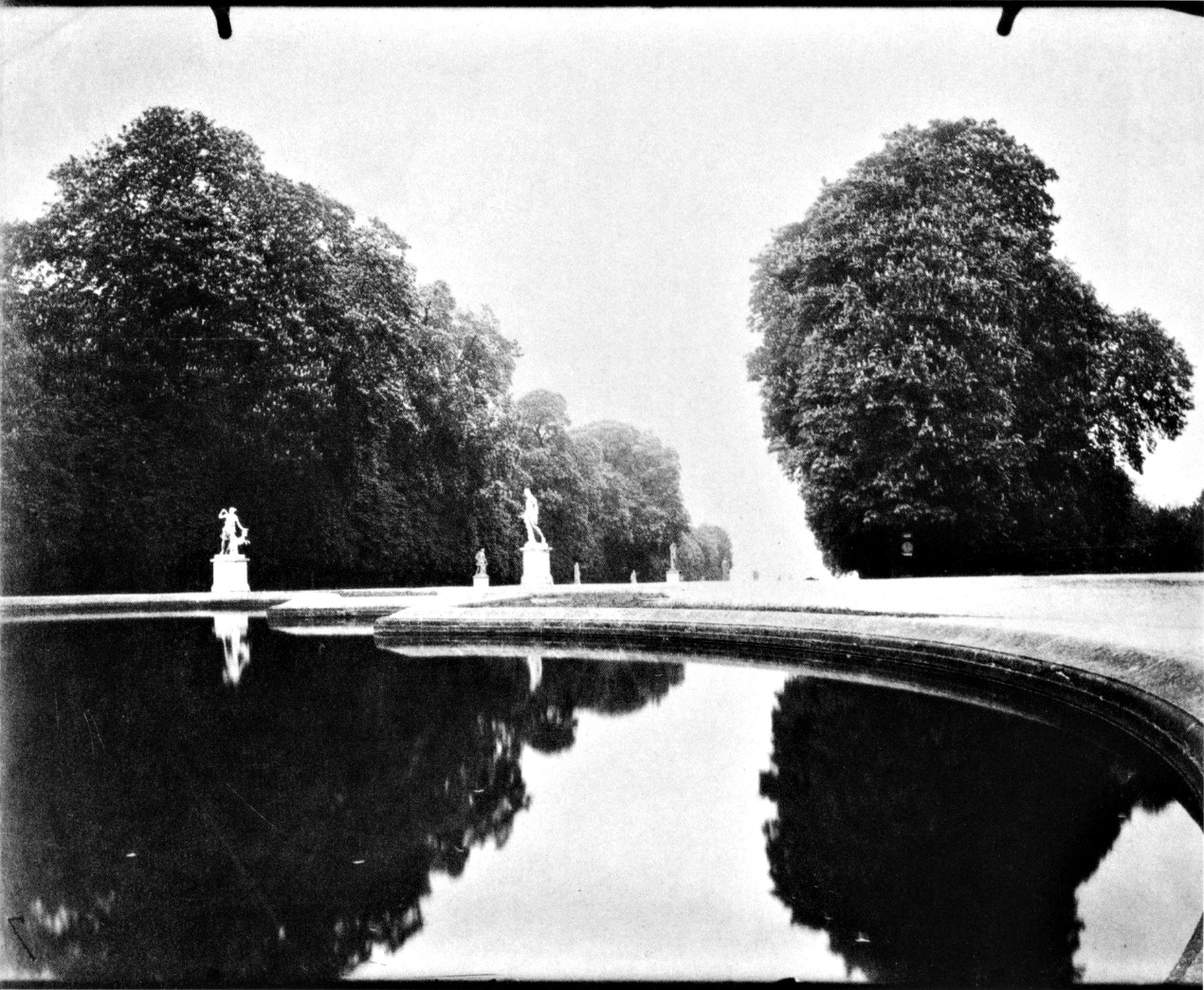Atget, Reflecting Pool, Saint-Cloud, 1915-19.