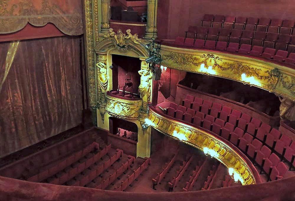 stage, Le théâtre de la Renaissance à Paris