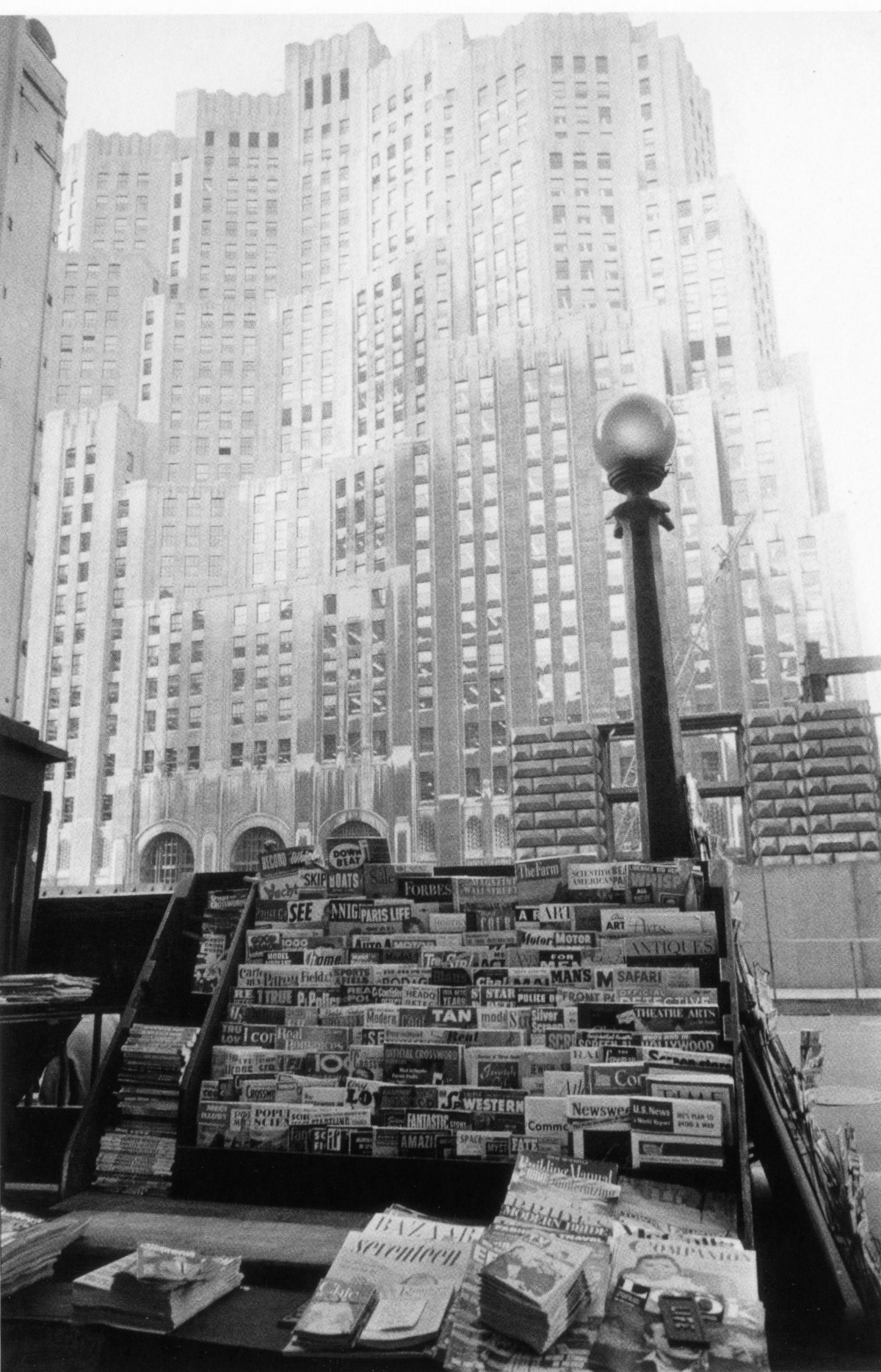 27. Metropolitan Life INsurance Building-New York City 1955